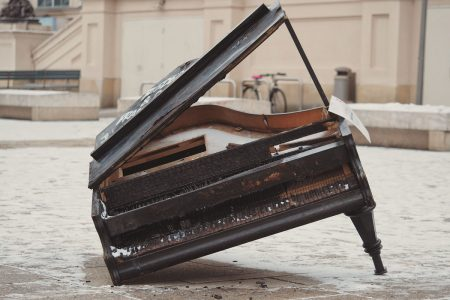 piano-ology-how-to-study-practice-a-test-for-talent-featured-photo-by-adrian-swancar-on-unsplash