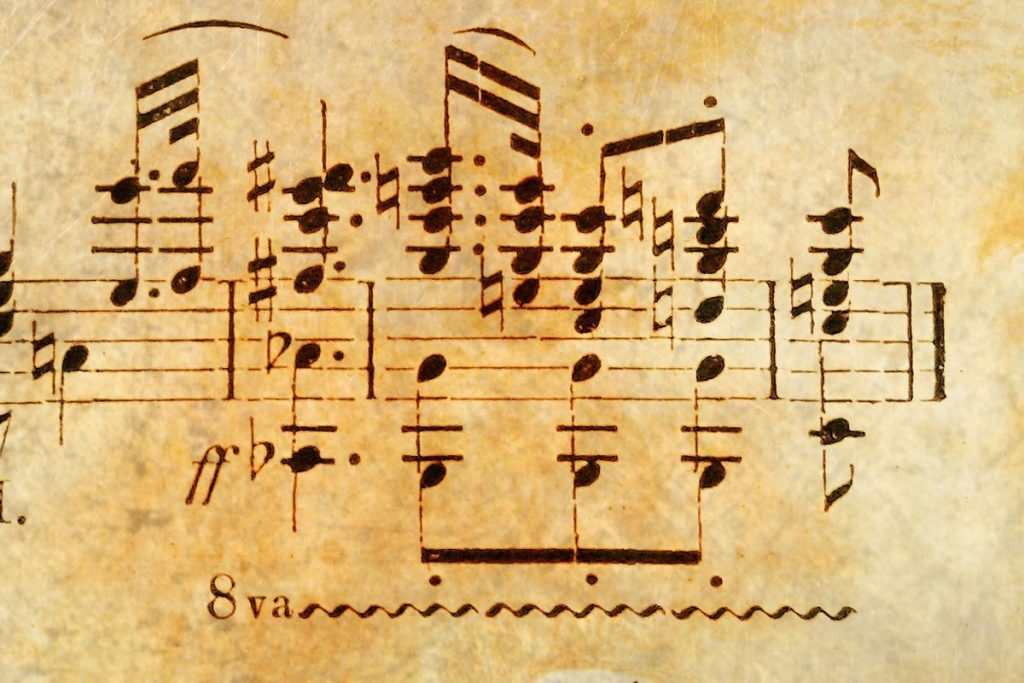 piano-ology-how-to-read-music-why-learn-to-read-featured-image-by-coco-parisienne-from-pixabay
