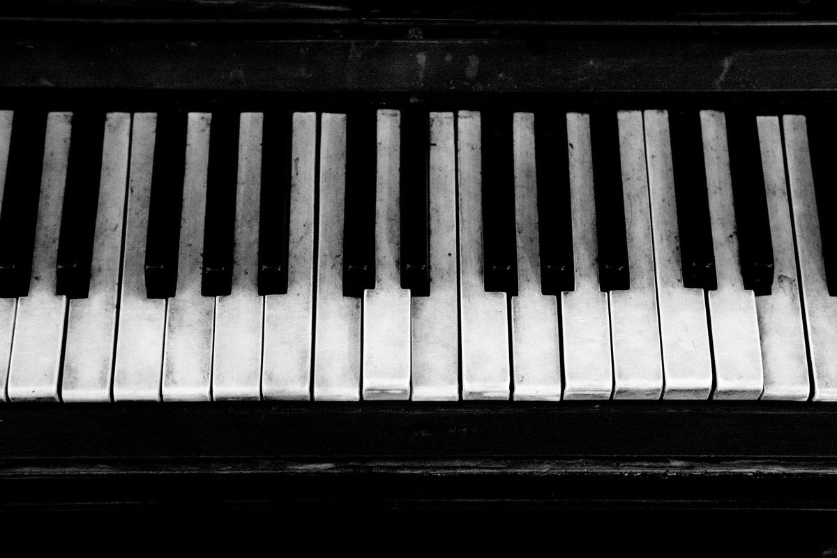 piano-ology-names-of-the-piano-keys-keyboard-layout-featured-image-by-ktphotography-from-pixabay