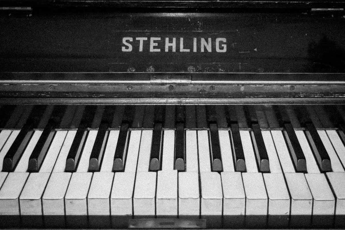 piano-ology-names-of-the-piano-keys-lesson-summary-featured-photo-by-oleg-kuzmin-on-unsplash